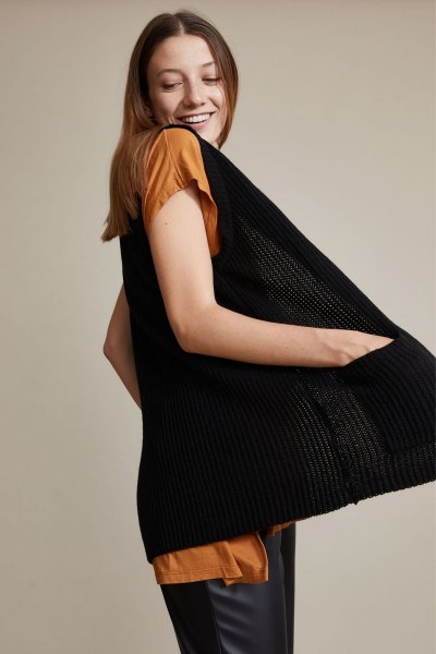 Sweater Coelho Negro